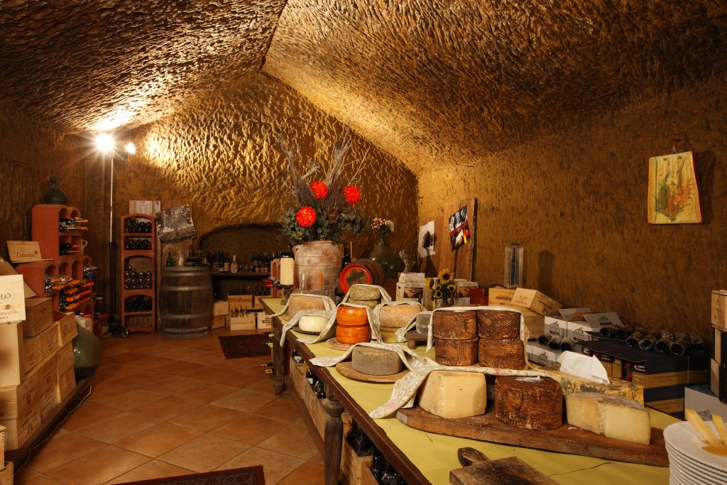 Arredare una cantina dettagli home decor with arredare for Arredare una taverna